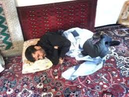 Presiden Iran Ahmadinejad tidur lelap